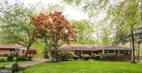 Photo of 18308 CANDICE DR, TRIANGLE, VA 22172 (MLS # VAPW520434)