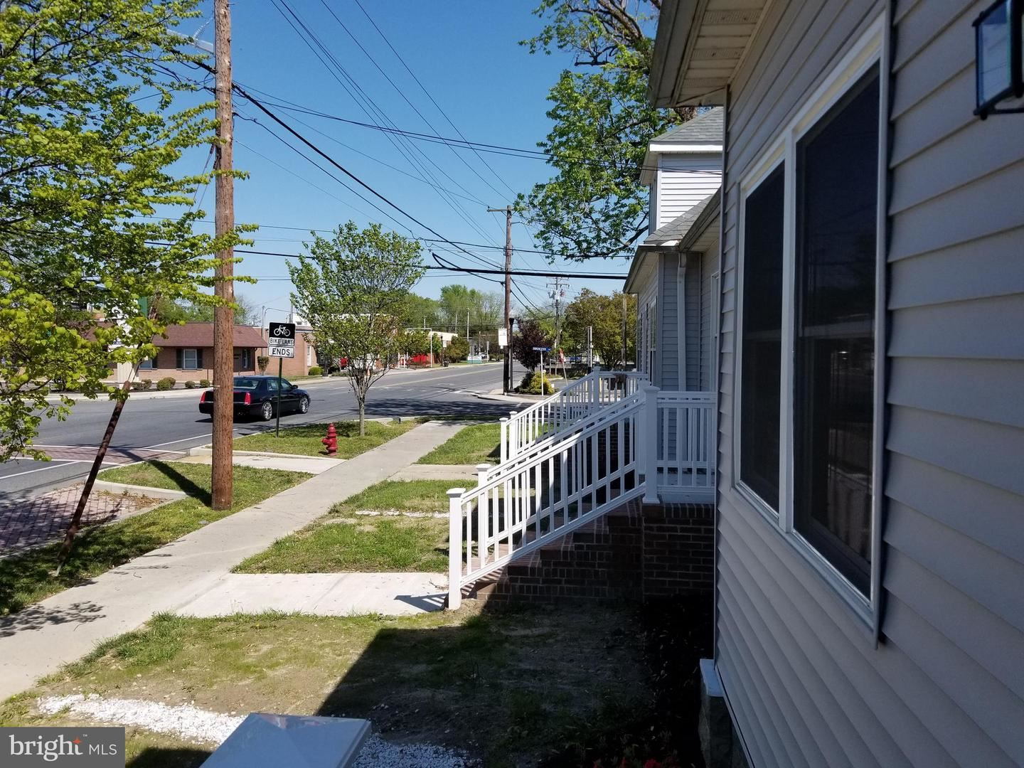 Photo of 423 MARYLAND AVE, CAMBRIDGE, MD 21613 (MLS # MDDO125436)