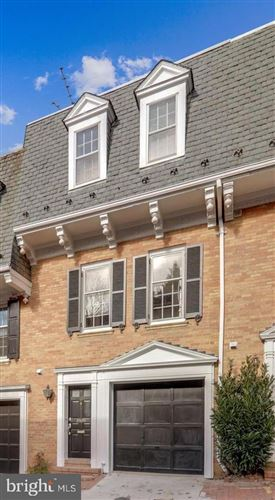 Photo of 2529 QUEEN ANNES LN NW, WASHINGTON, DC 20037 (MLS # DCDC504438)