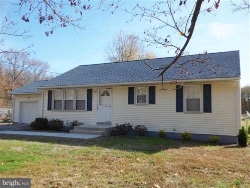Photo of 445 S PENNSVILLE AUBURN RD, CARNEYS POINT, NJ 08069 (MLS # NJSA136440)