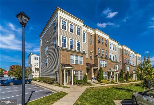 Photo of 1798 POOLSIDE WAY #26-B, FREDERICK, MD 21701 (MLS # MDFR254442)