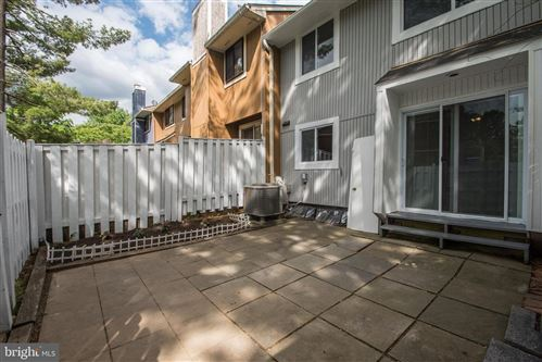 Tiny photo for 18602 GLEN WILLOW WAY, GERMANTOWN, MD 20874 (MLS # MDMC708442)