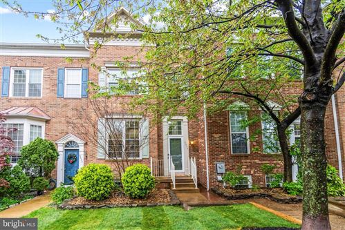 Photo of 6034 LINCOLNIA RD, ALEXANDRIA, VA 22312 (MLS # VAAX258442)