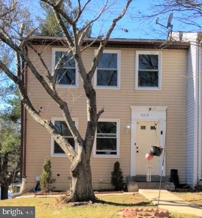 Photo of 8818 CROSS COUNTRY PL, GAITHERSBURG, MD 20879 (MLS # MDMC2000444)