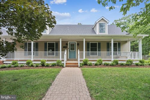 Photo of 18929 FISHER AVE, POOLESVILLE, MD 20837 (MLS # MDMC720446)