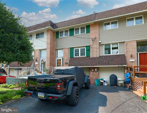 Photo of 833 FOUNTAIN AVE, LANCASTER, PA 17601 (MLS # PALA2005450)
