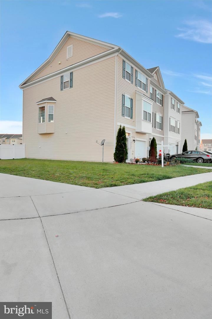 Photo of 18237 HURRICANE CT, HAGERSTOWN, MD 21740 (MLS # MDWA176450)