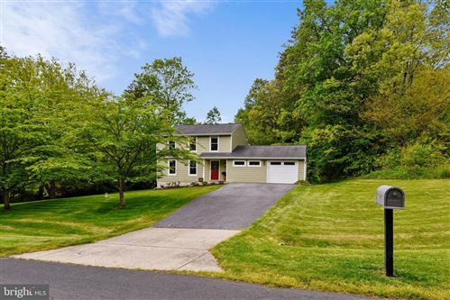 Photo of 2528 CHEVAL DR, DAVIDSONVILLE, MD 21035 (MLS # MDAA433452)