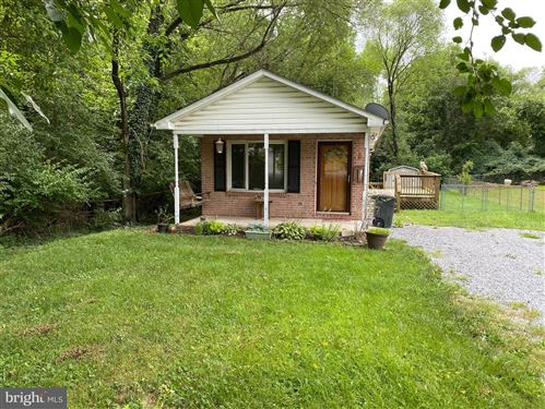 Photo of 603 UNION AVE, MARTINSBURG, WV 25404 (MLS # WVBE2001452)