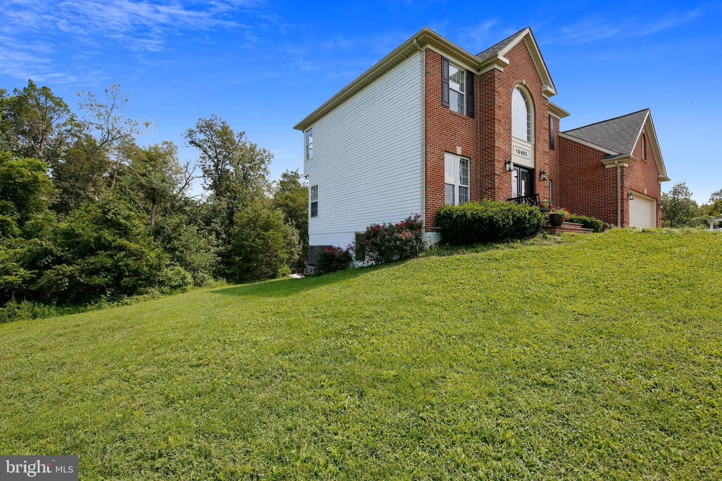 Photo of 16905 DOCTOR MOORE CT, POOLESVILLE, MD 20837 (MLS # MDMC721452)