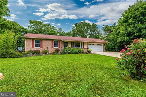 Photo of 1403 WESTWARD CT, MOUNT AIRY, MD 21771 (MLS # MDCR197454)