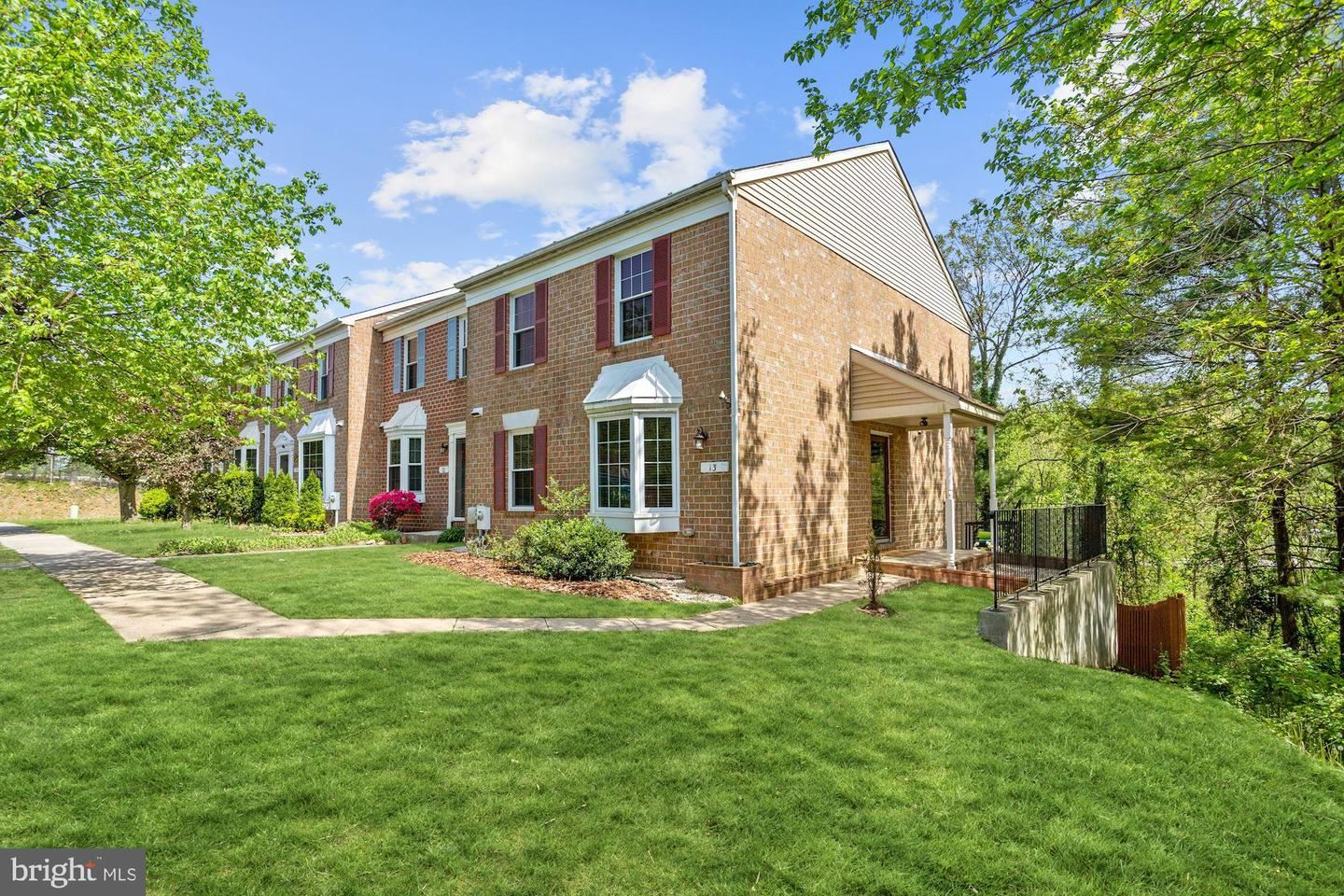 13 COURTWOOD DR, Pikesville, MD 21208 - MLS#: MDBC527454