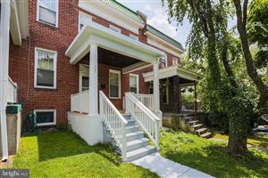 Photo of 17 S TREMONT RD, BALTIMORE, MD 21229 (MLS # MDBA477458)