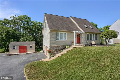 Photo of 889 HIDDEN HOLLOW DR, GAP, PA 17527 (MLS # PALA165458)
