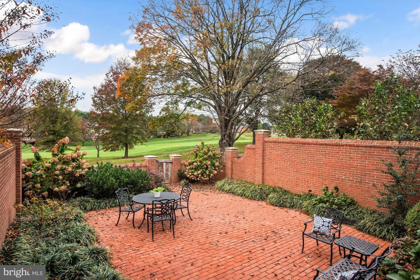 Photo of 9453 TURNBERRY DR, POTOMAC, MD 20854 (MLS # MDMC732458)