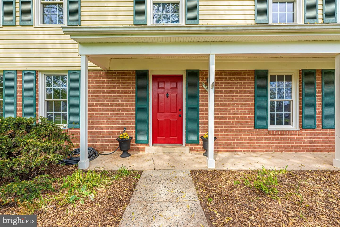 Photo of 17405 CHISWELL RD, POOLESVILLE, MD 20837 (MLS # MDMC755458)