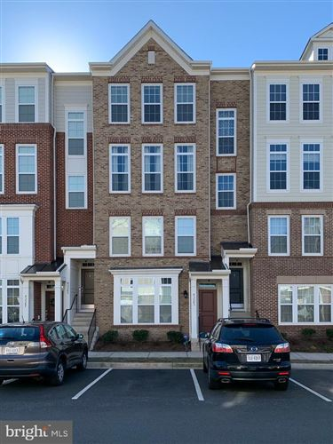 Photo of 43581 HELMSDALE TER, CHANTILLY, VA 20152 (MLS # VALO401460)