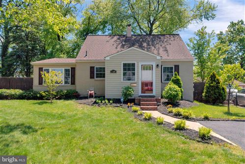 Photo of 7309 TYLER AVE, FALLS CHURCH, VA 22042 (MLS # VAFX1128462)