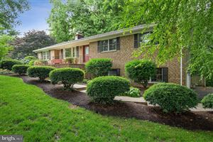 Photo of 1555 STONELEIGH CT, HUNTINGTOWN, MD 20639 (MLS # MDCA170464)