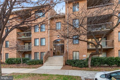 Photo of 11415 COMMONWEALTH DR #3, ROCKVILLE, MD 20852 (MLS # MDMC741464)