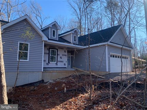 Photo of 207 YORKTOWN BLVD, LOCUST GROVE, VA 22508 (MLS # VAOR137466)