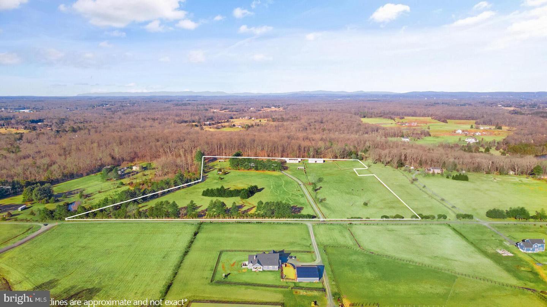 Photo of 10800 LONESOME RD, NOKESVILLE, VA 20181 (MLS # VAPW516466)