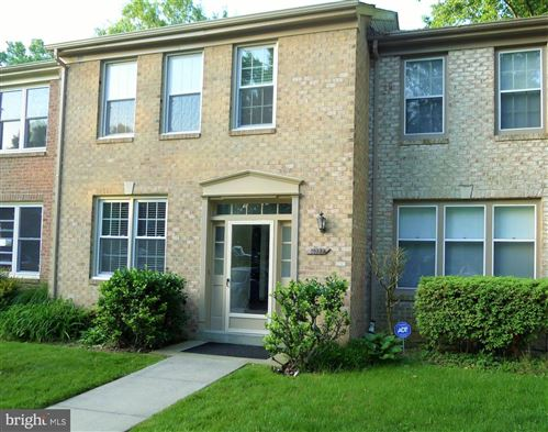 Photo of 10722 PINE HAVEN TER, ROCKVILLE, MD 20852 (MLS # MDMC714468)