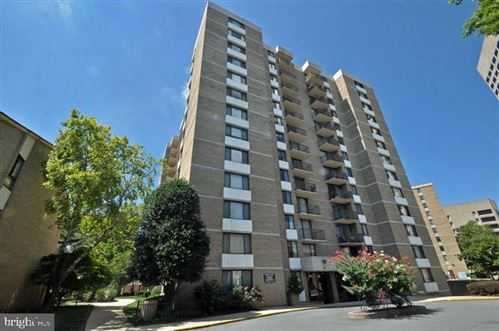 Photo of 4 MONROE ST #810, ROCKVILLE, MD 20850 (MLS # MDMC756468)