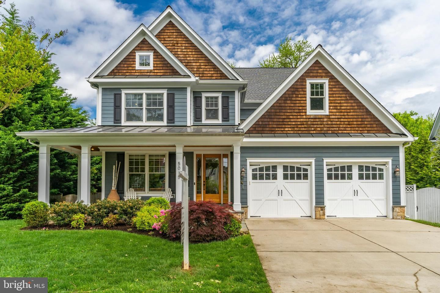Photo for 5015 RUGBY AVE, BETHESDA, MD 20814 (MLS # MDMC755468)