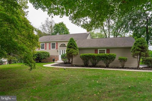 Photo of 914 VISTA DR, WEST CHESTER, PA 19380 (MLS # PACT2000469)
