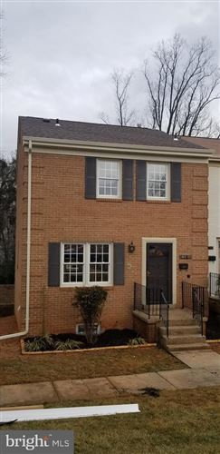 Photo of 4311 GREENBERRY LN, ANNANDALE, VA 22003 (MLS # VAFX1181470)