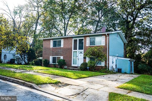 Photo of 817 PAINTED POST CT, PIKESVILLE, MD 21208 (MLS # MDBC2014474)