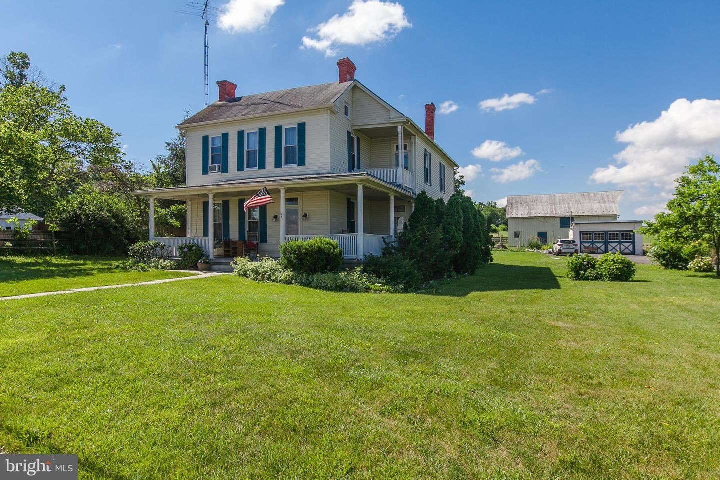 Photo of 17719 BROADFORDING RD, HAGERSTOWN, MD 21740 (MLS # MDWA180476)