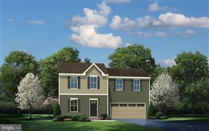 Photo of 6 WILLOW WOODS DR, LA PLATA, MD 20646 (MLS # MDCH163478)