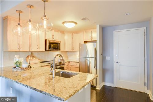 Photo of 888 N QUINCY ST #806, ARLINGTON, VA 22203 (MLS # VAAR173478)