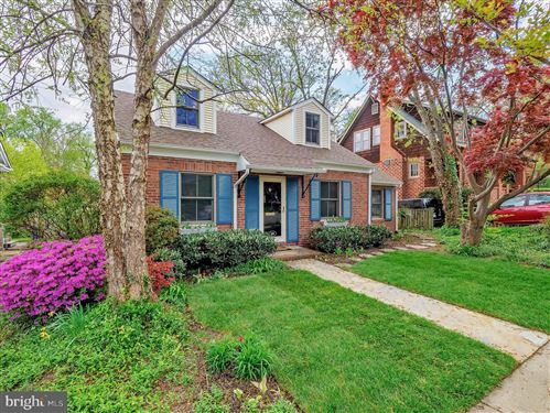 Photo of 106 W HOWELL AVE, ALEXANDRIA, VA 22301 (MLS # VAAX258478)