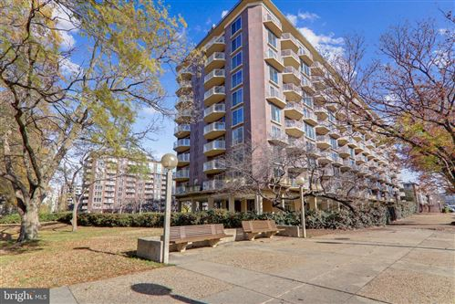 Photo of 560 N ST SW #N215, WASHINGTON, DC 20024 (MLS # DCDC495480)
