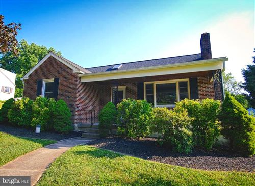 Photo of 42 GALICIA DR, PHOENIXVILLE, PA 19460 (MLS # PACT510480)