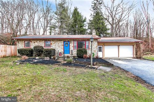 Photo of 4 VINEYARD RD, CHRISTIANA, PA 17509 (MLS # PALA158480)