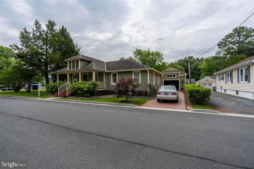 Photo for 100 W MAPLE AVE, SAINT MICHAELS, MD 21663 (MLS # MDTA135484)