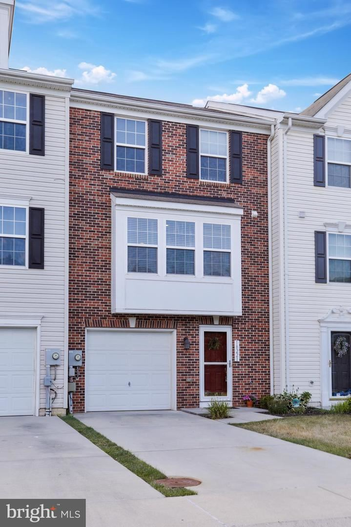 Photo of 18221 ROY CROFT DR, HAGERSTOWN, MD 21740 (MLS # MDWA176484)