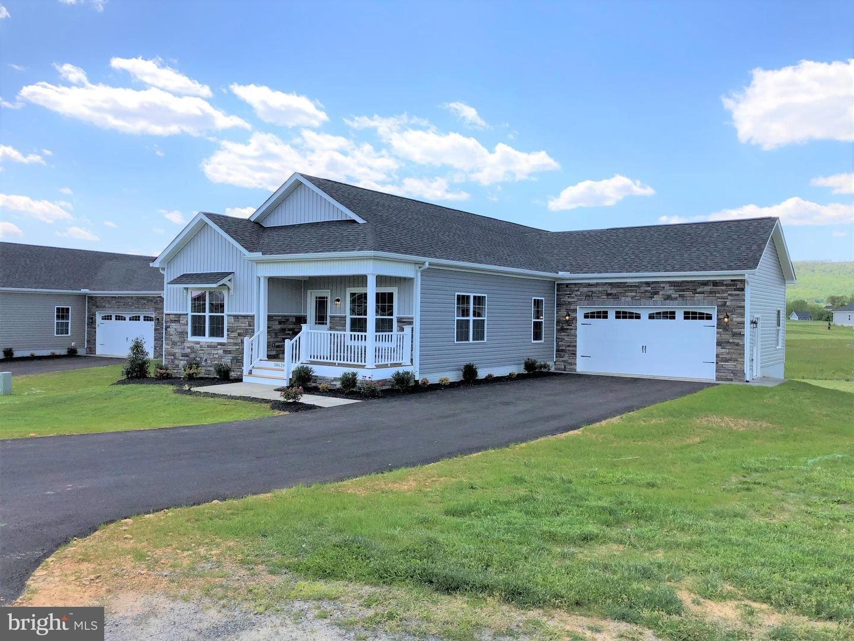 Photo of 38629 PATENT HOUSE LN, LOVETTSVILLE, VA 20180 (MLS # VALO405484)