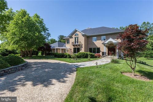 Photo of 9224 INGLEWOOD DR, POTOMAC, MD 20854 (MLS # MDMC696486)