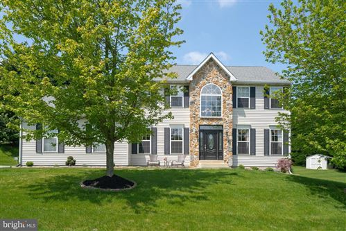 Photo of 4 NELLIE LN, THORNTON, PA 19373 (MLS # PADE518486)