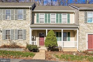 Photo of 15 DEEP HOLLOW LN, LANCASTER, PA 17603 (MLS # PALA143486)