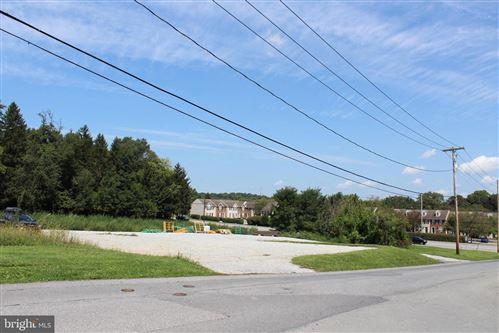 Photo of 1896 MILLERSVILLE RD, LANCASTER, PA 17603 (MLS # PALA2000486)