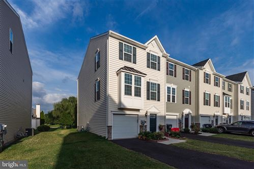Photo of 53 JEFFERSON DR, SPRING CITY, PA 19475 (MLS # PACT490490)