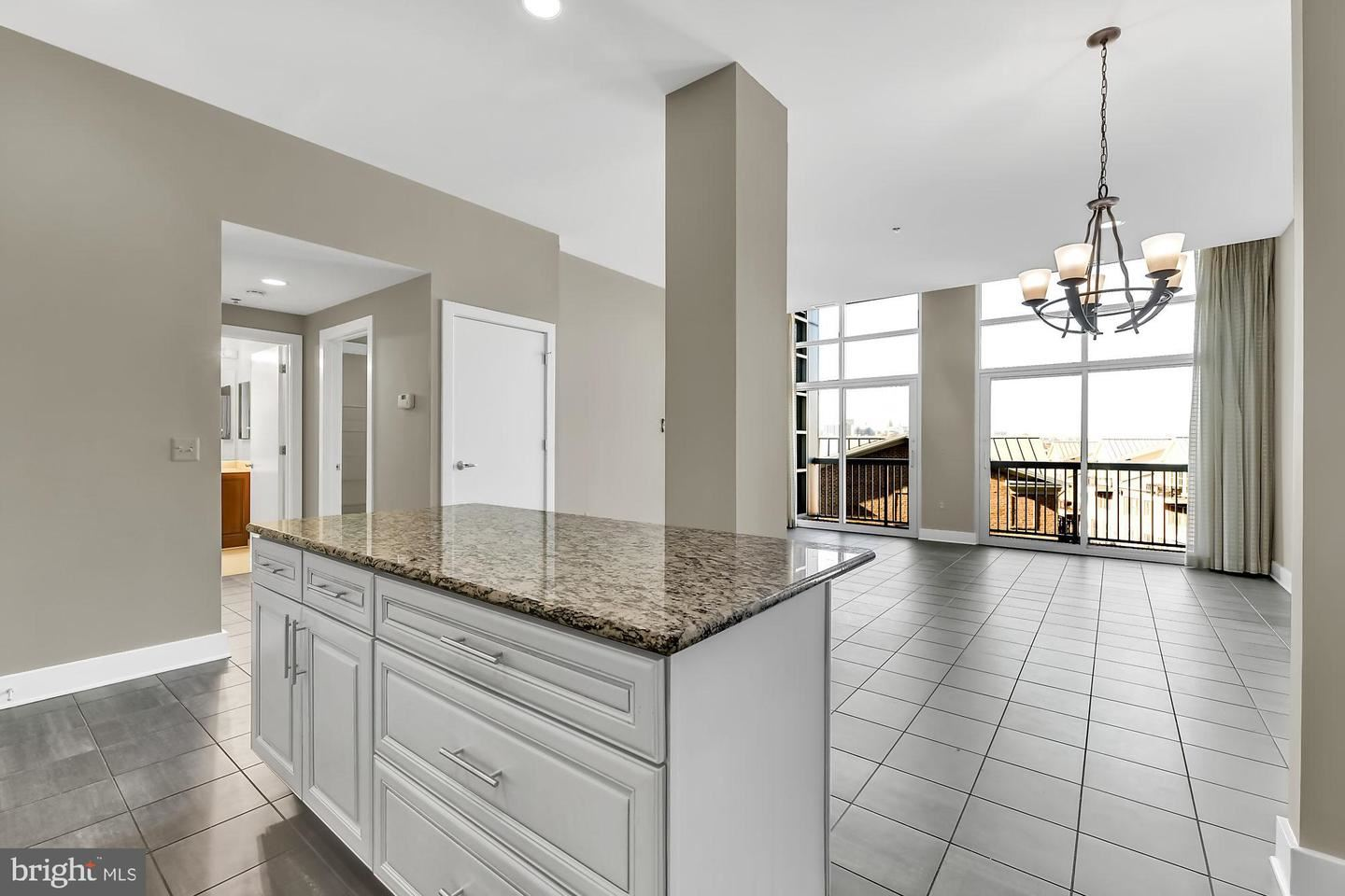 2772 LIGHTHOUSE POINT EAST #409, Baltimore, MD 21224 - MLS#: MDBA493490