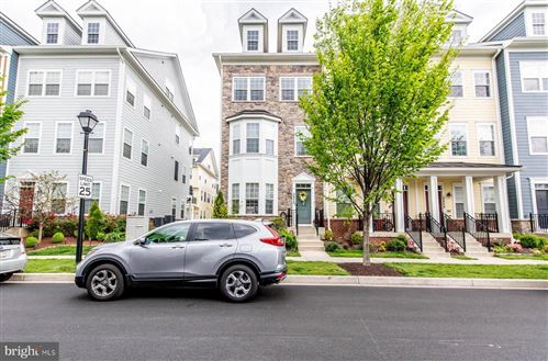 Photo of 5806 DUNCAN DR, ELLICOTT CITY, MD 21043 (MLS # MDHW277494)