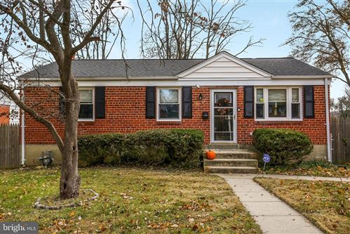 Photo of 11807 TIMBER LN, ROCKVILLE, MD 20852 (MLS # MDMC684498)